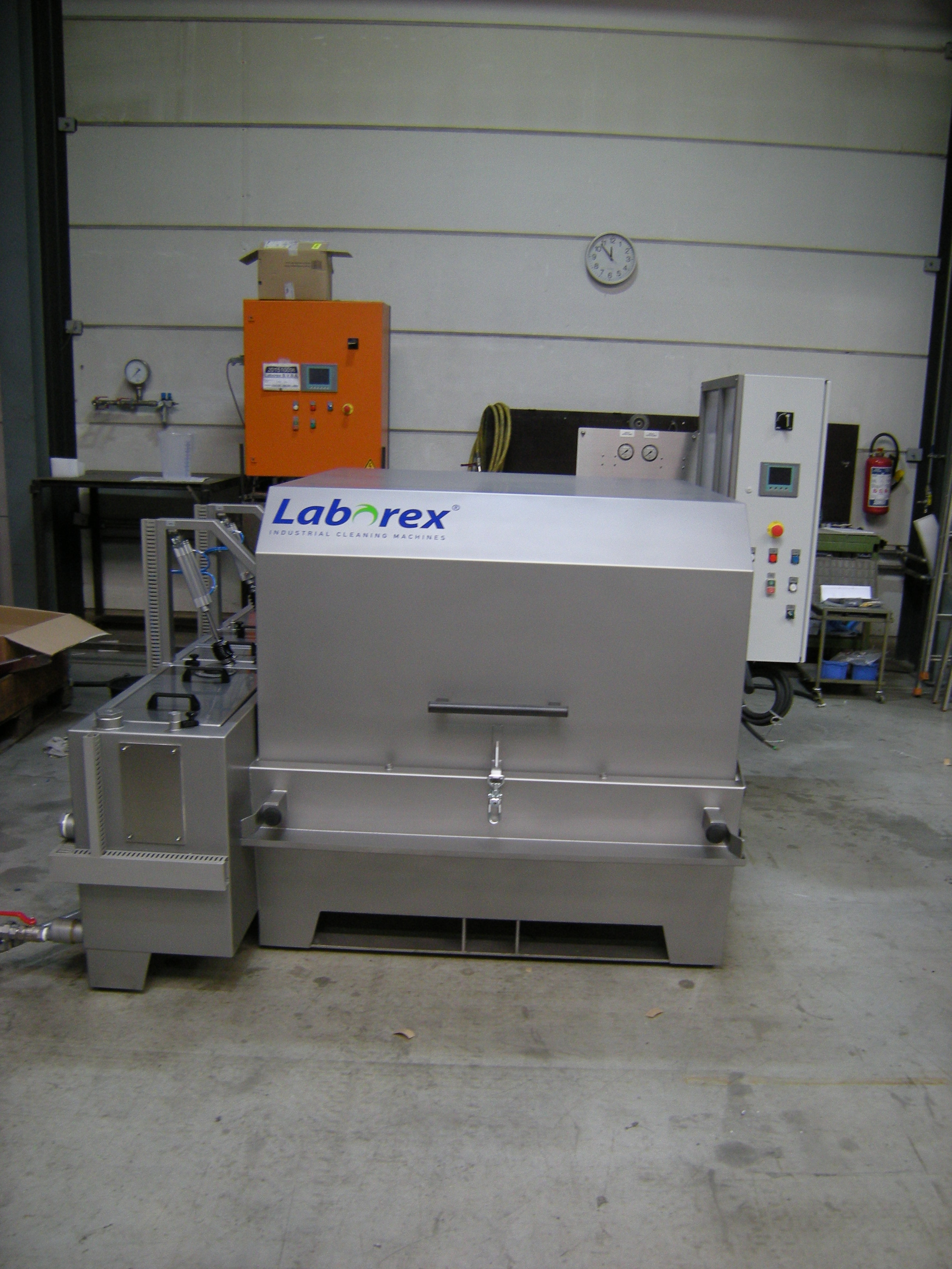 Small Parts Washing Machine For Cologne Laborexrail