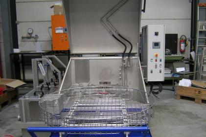 Small parts washing machine for German Railways