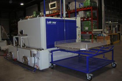Industrial parts cleaning machines for pretreatment of small train/metro parts for paintshop