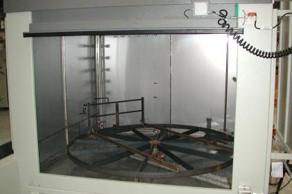 Nettoyage de freins, nettoyage de compresseursMachine à laver par aspersion pour le nettoyage de freins et le nettoyage de compresseurs ferroviaires
